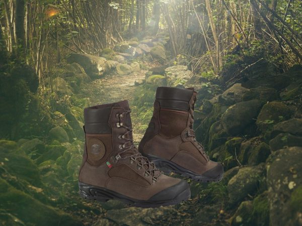 Force W.P. - Mountain and hunting footwear